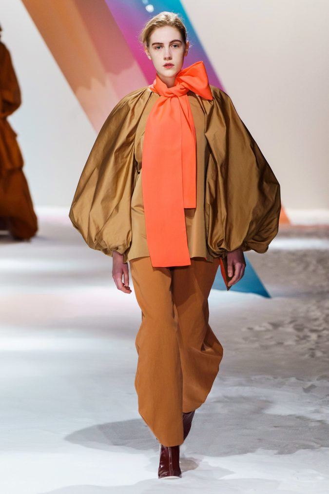 Fall-winter-fashion-2020-meringue-top-Roksanda-675x1013 60+ Retro Fashion Designs of Fall/Winter 2020 Inspired by the 80s and 90s