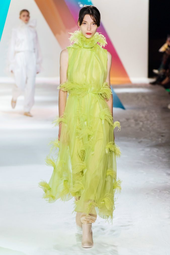 Fall-winter-fashion-2020-neon-dress-Roksanda-2-675x1013 60+ Retro Fashion Designs of Fall/Winter 2020 Inspired by the 80s and 90s