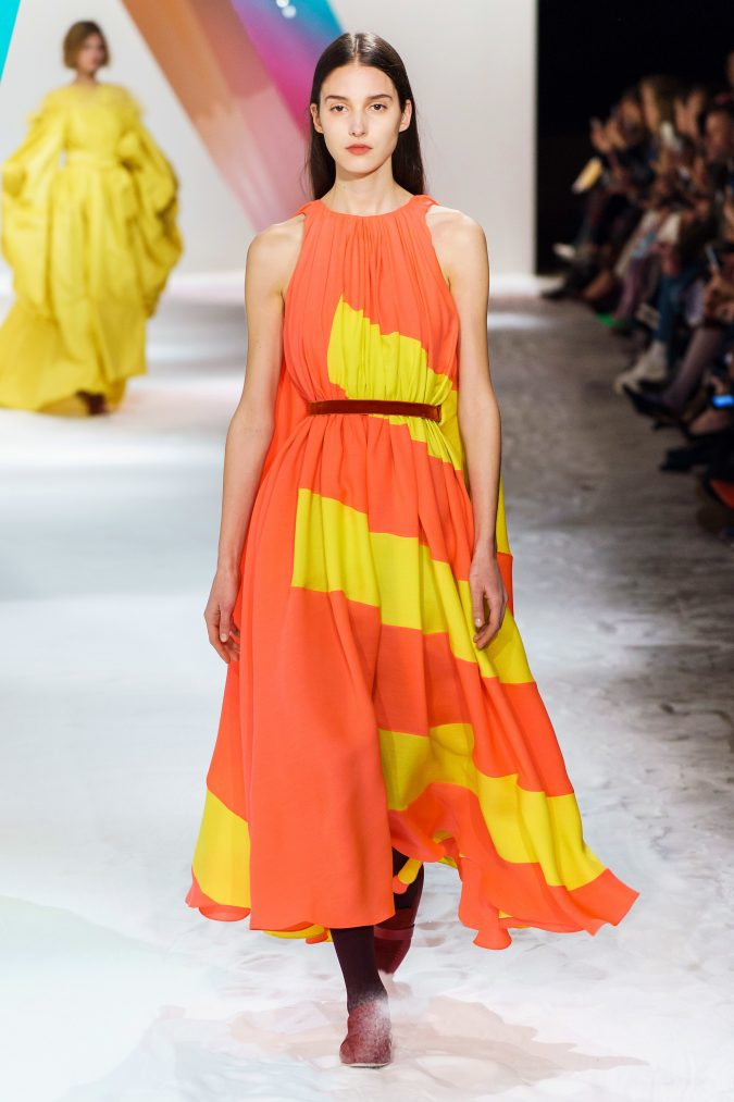 Fall-winter-fashion-2020-neon-dress-Roksanda-675x1013 60+ Retro Fashion Designs of Fall/Winter 2020 Inspired by the 80s and 90s