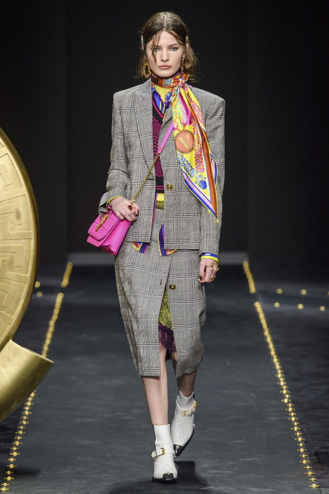 Fall-winter-fashion-2020-neons-plaided-skirt-suit-versace-675x1013 60+ Retro Fashion Designs of Fall/Winter 2020 Inspired by the 80s and 90s