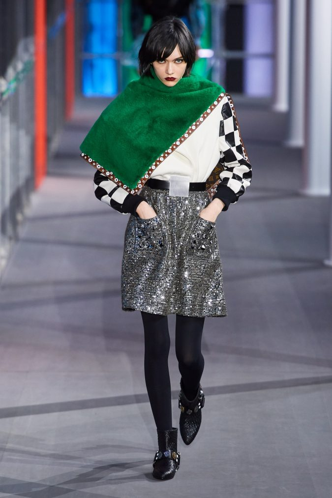 Fall-winter-fashion-2020-nightclub-style-Louis-Vuitton-675x1013 60+ Retro Fashion Designs of Fall/Winter 2020 Inspired by the 80s and 90s