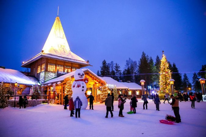 Lapland-Finland-675x450 Top 10 Fairytale Christmas Places for Couples
