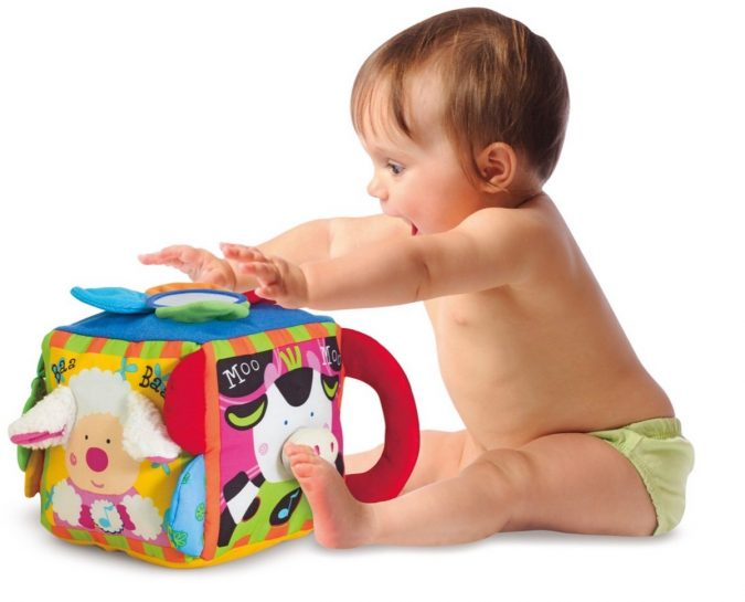 Musical-Cube.-675x545 Best 10 Christmas Gift Ideas for a New Born Baby