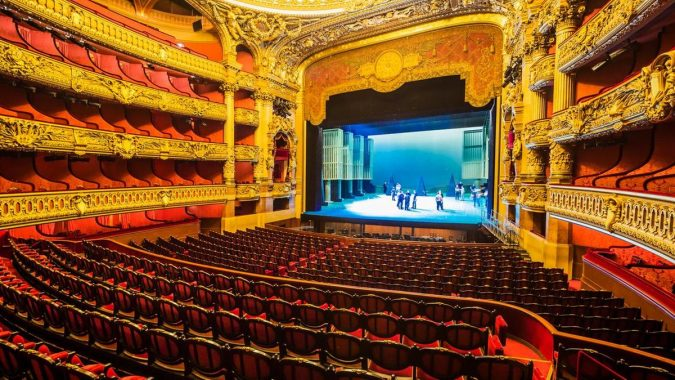 State-Opera-675x380 Top 10 Fairytale Christmas Places for Couples