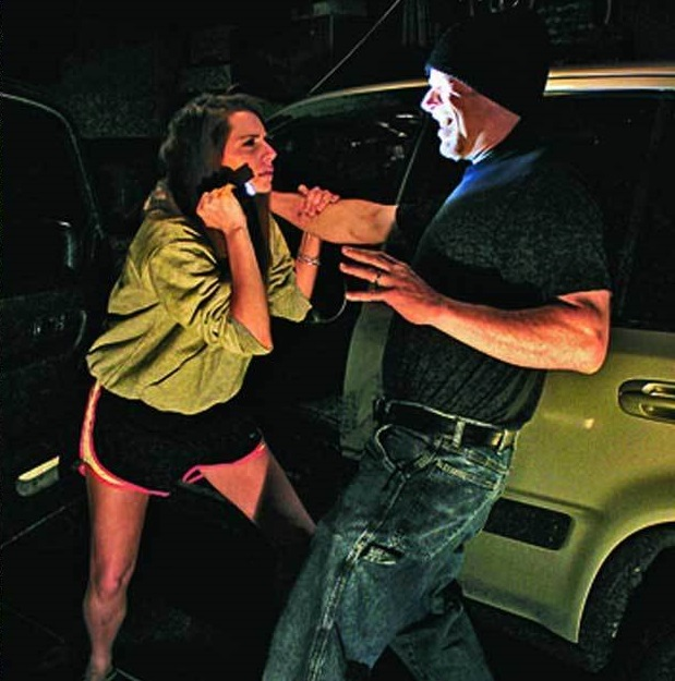 Tactical-Flashlight Top 10 Self-defense Weapons Every Woman Should Carry