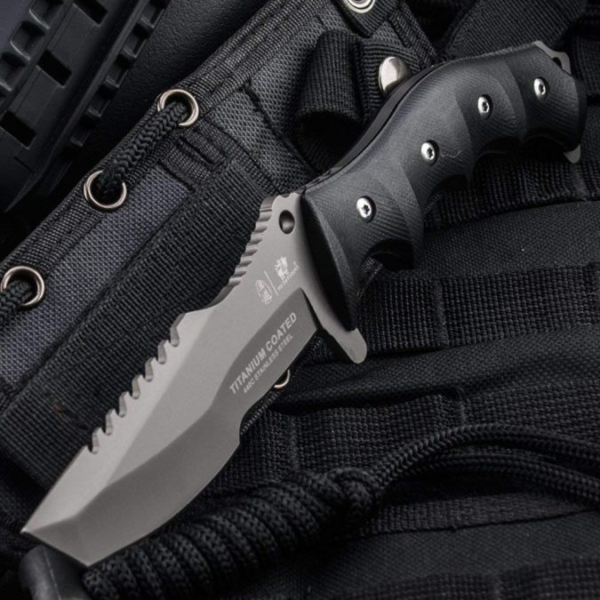 Tactical-Knife-675x675 Top 10 Self-defense Weapons Every Woman Should Carry
