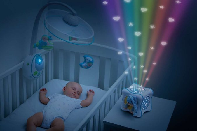 The-Night-Light-Projector.-675x450 Best 10 Christmas Gift Ideas for a New Born Baby