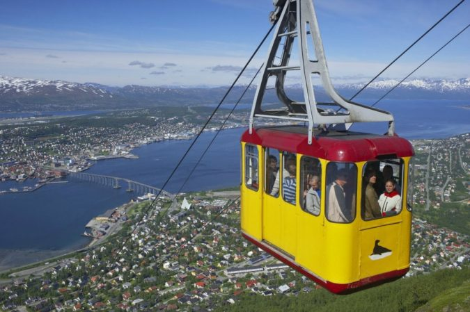 Tromsø-cable-car-675x449 Top 10 Fairytale Christmas Places for Couples