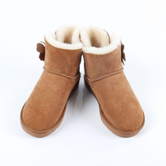 Waterproof-shoes.-1-675x675 Top 10 Latest products to Enjoy Your Next Winter