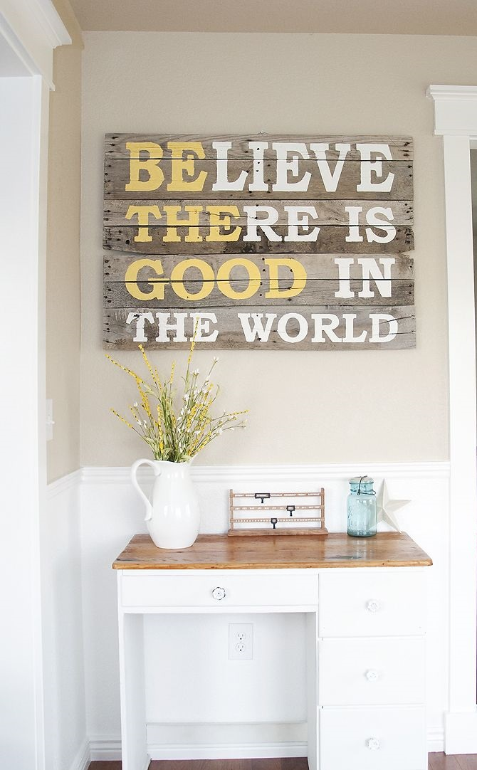 Writings-on-wood.-1 Using Wood to Decorate Your Home - Easy Tips and Tricks