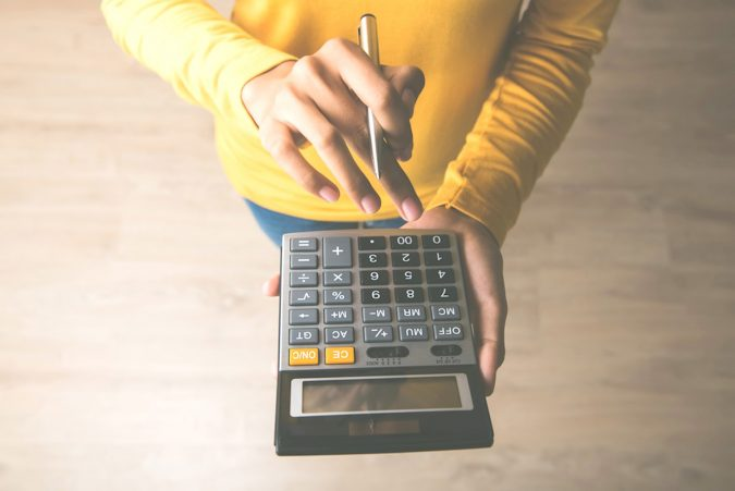 calculator-675x451 5 Benefits of Renting a Private Jet