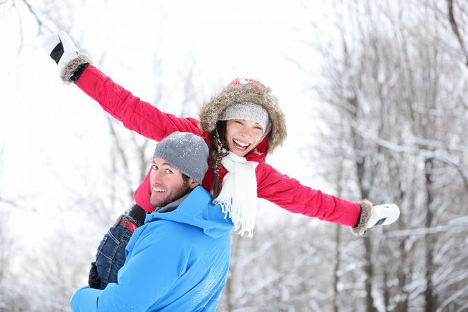 couples-enjoy-their-Christmas-holiday-675x450 Top 10 Fairytale Christmas Places for Couples