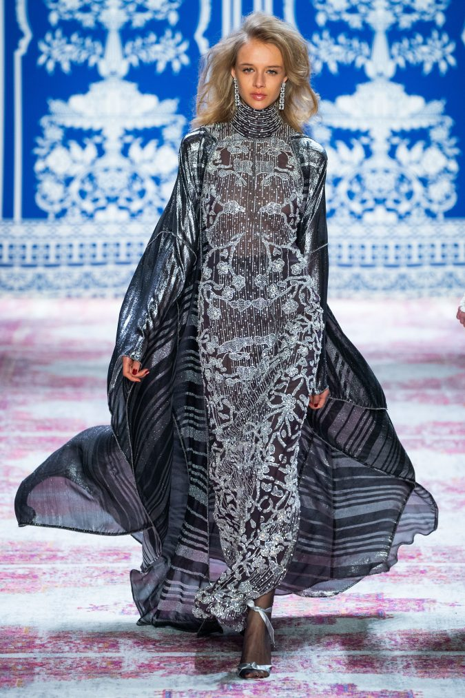 fall-fashion-2019-caftan-naeem-khan-2-675x1013 10 Fall/Winter Retro Fashion Trends for the 70s Nostalgics in 2020