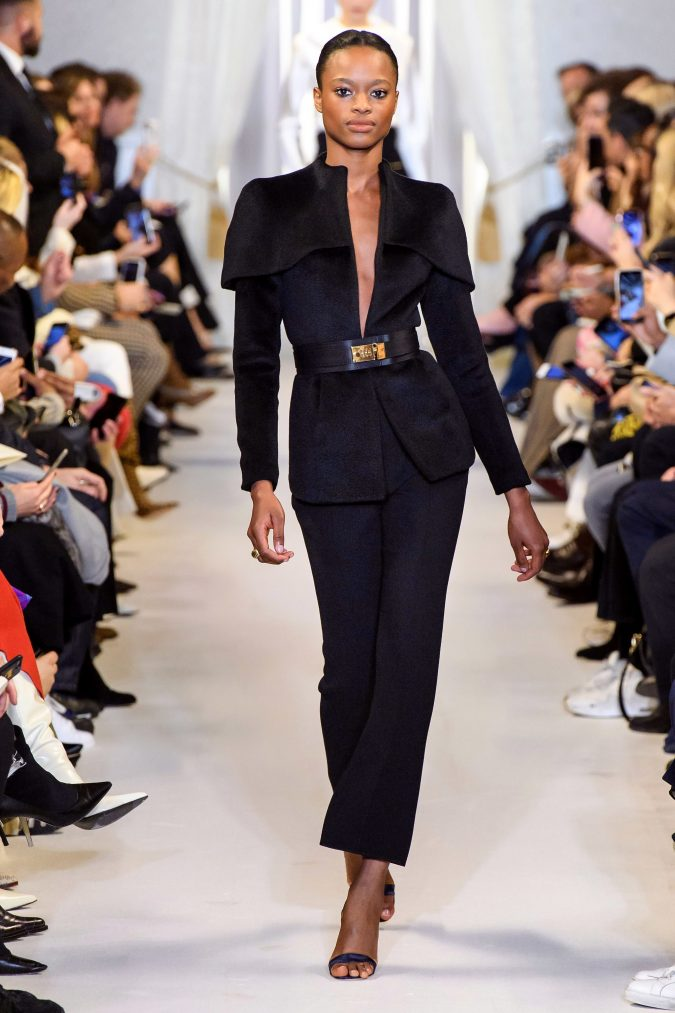 fall-winter-fashion-2019-pantsuit-cape-shoulders-Brandon-Maxwell.-675x1013 +20 Fall Fashion Trends of 2020 for the Fans of Unusual Shoulders and Sleeves