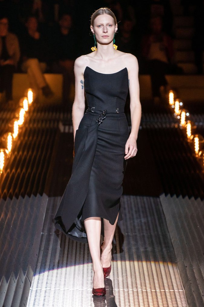 fall-winter-fashion-2020-Camisole-dress-prada-675x1013 60+ Retro Fashion Designs of Fall/Winter 2020 Inspired by the 80s and 90s