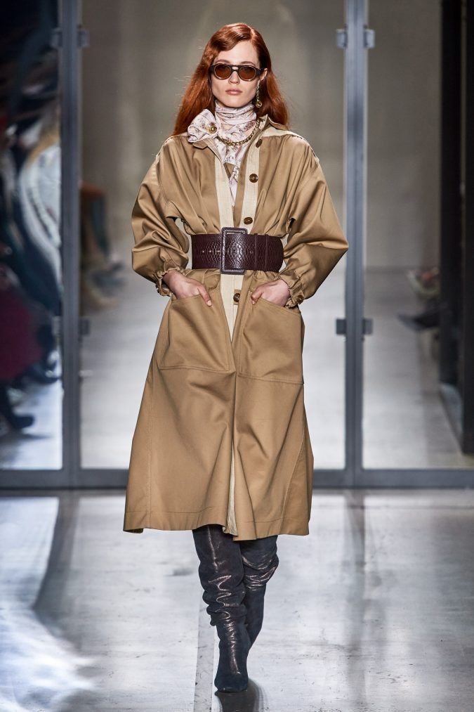 fall-winter-fashion-2020-belted-coat-Zimmermann-675x1013 90 Fall/Winter Fashion Ideas for a Perfect Combination of Vintage and Modern in 2020