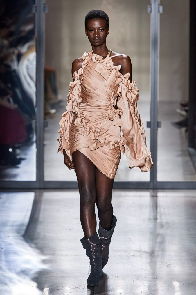 fall-winter-fashion-2020-bowed-dress-Zimmermann-675x1013 90 Fall/Winter Fashion Ideas for a Perfect Combination of Vintage and Modern in 2020