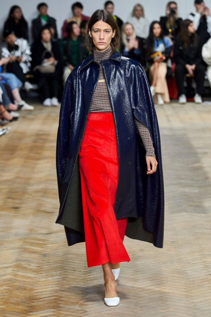 fall-winter-fashion-2020-cape-A.W.A.K.E-675x1013 90 Fall/Winter Fashion Ideas for a Perfect Combination of Vintage and Modern in 2020
