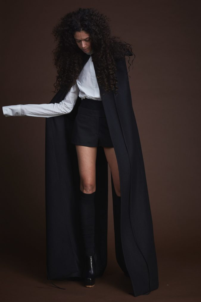 fall-winter-fashion-2020-cape-Vera-Wang-675x1013 90 Fall/Winter Fashion Ideas for a Perfect Combination of Vintage and Modern in 2020