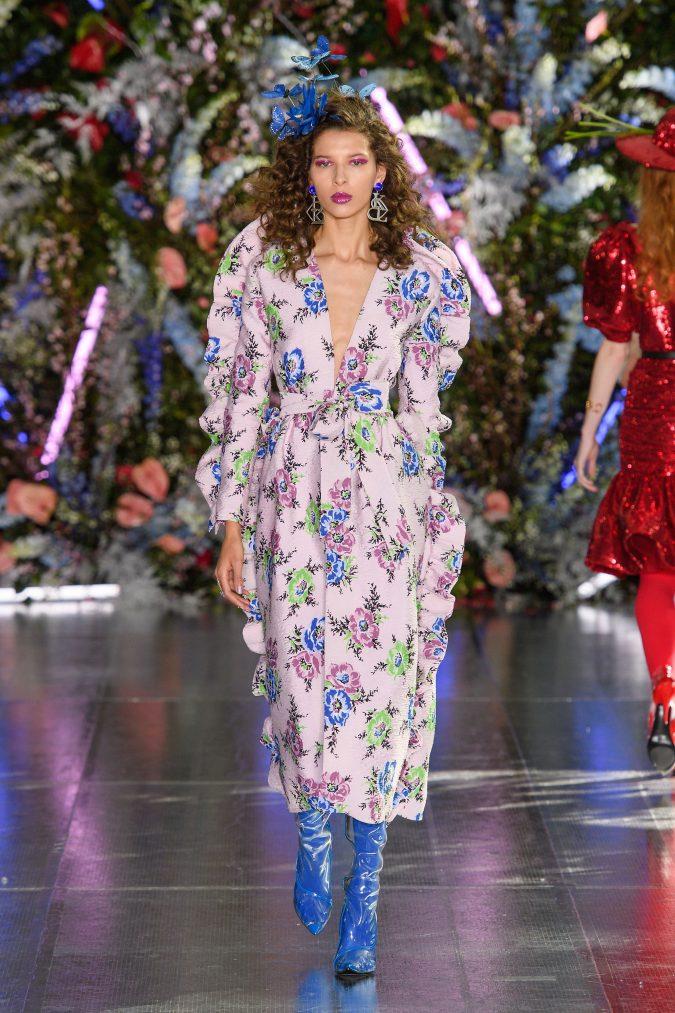 fall-winter-fashion-2020-coat-velvet-boots-Rodarte-675x1013 +80 Fall/Winter Fashion Trends for a Stunning 2020 Wardrobe