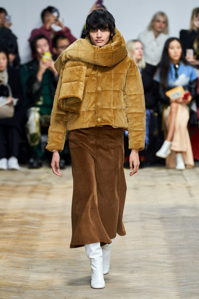 fall-winter-fashion-2020-corduroy-jacket-scarf-and-skirt-A.W.A.K.E-675x1013 90 Fall/Winter Fashion Ideas for a Perfect Combination of Vintage and Modern in 2020