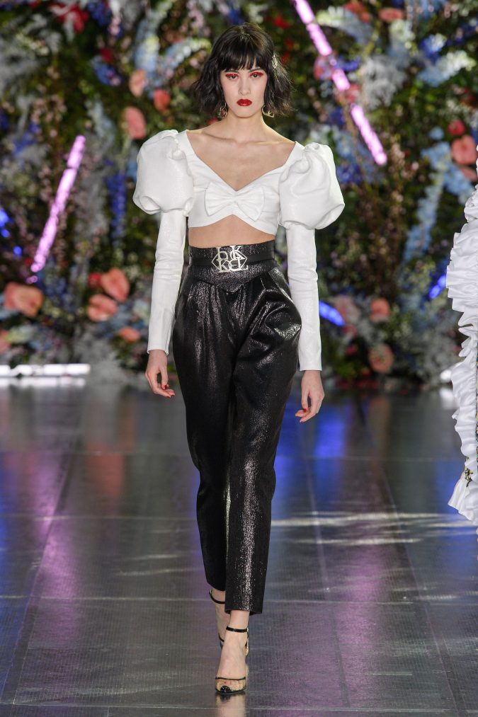 fall-winter-fashion-2020-crop-top-bow-disco-pants-Rodarte-675x1013 +80 Fall/Winter Fashion Trends for a Stunning 2020 Wardrobe