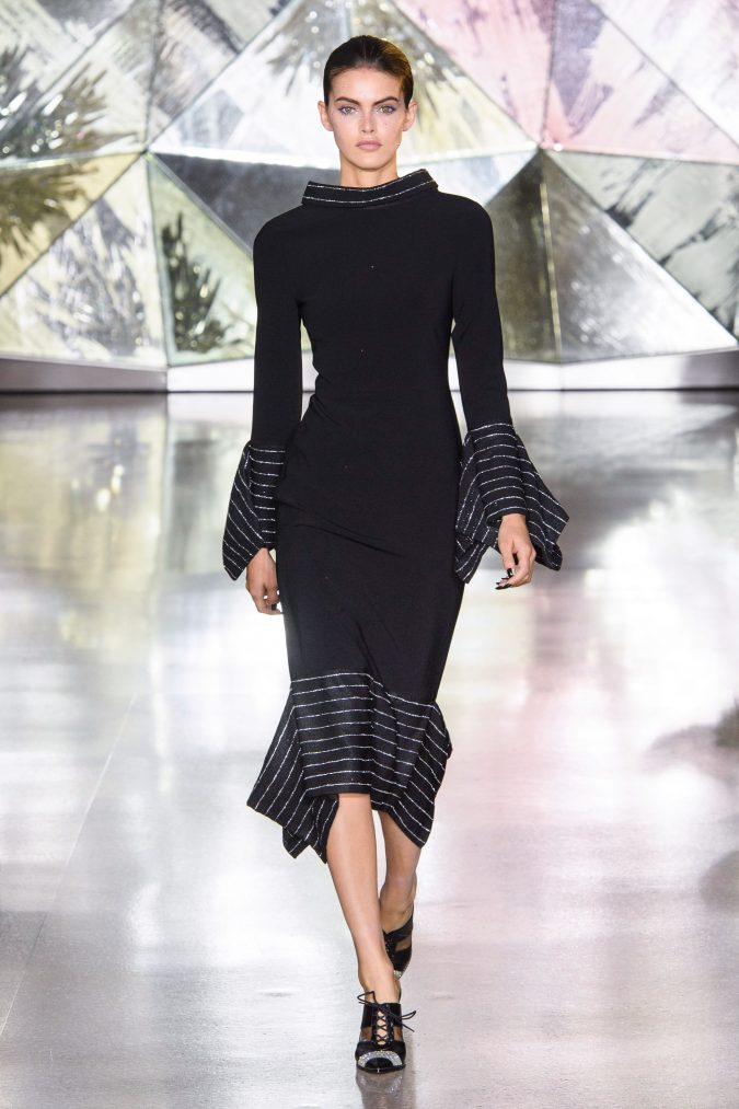 fall-winter-fashion-2020-dress-Christian-Siriano-675x1013 +20 Fall Fashion Trends of 2020 for the Fans of Unusual Shoulders and Sleeves