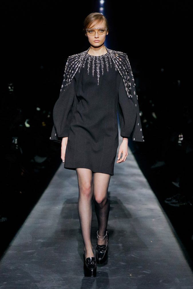 fall-winter-fashion-2020-dress-Givenchy-675x1013 +20 Fall Fashion Trends of 2020 for the Fans of Unusual Shoulders and Sleeves