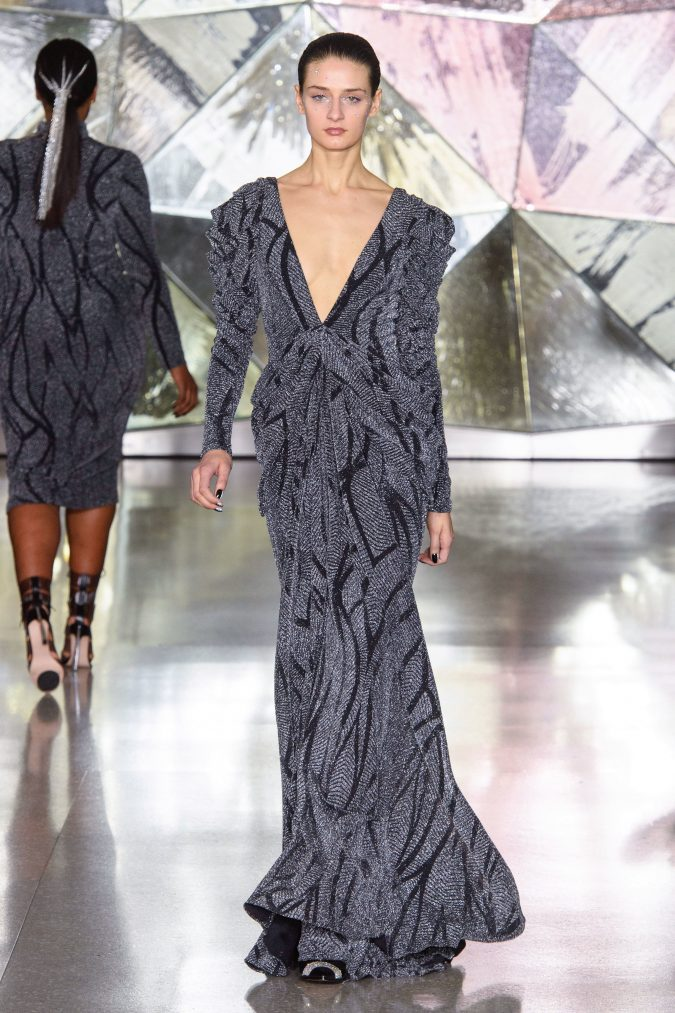 fall-winter-fashion-2020-dress-leg-of-mutton-sleeves-Christian-Siriano-675x1013 +20 Fall Fashion Trends of 2020 for the Fans of Unusual Shoulders and Sleeves