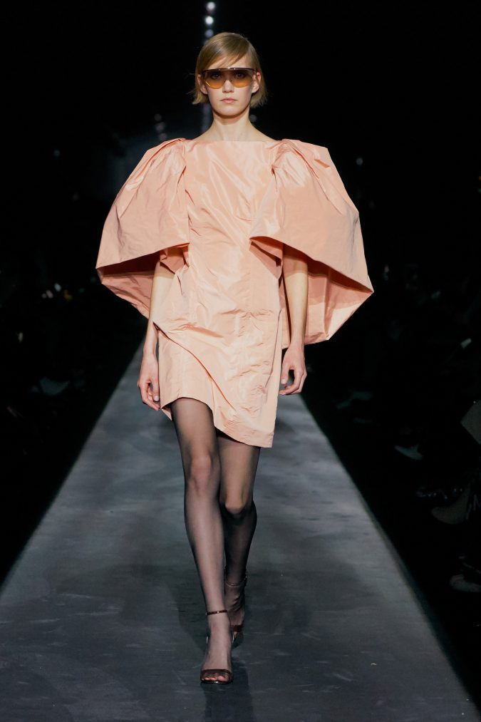 fall-winter-fashion-2020-dress-puffy-sleeves-Givenchy-675x1013 +20 Fall Fashion Trends of 2020 for the Fans of Unusual Shoulders and Sleeves