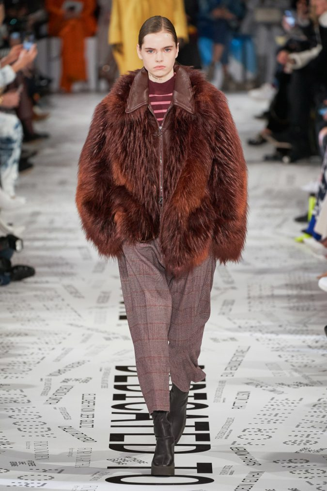 fall-winter-fashion-2020-faux-fur-jacket-Stella-McCartney-675x1013 90 Fall/Winter Fashion Ideas for a Perfect Combination of Vintage and Modern in 2020
