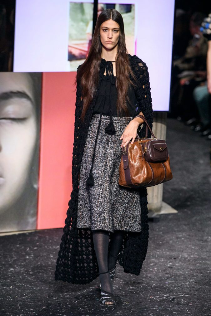 fall-winter-fashion-2020-knitted-cape-Miu-Miu-675x1013 +80 Fall/Winter Fashion Trends for a Stunning 2020 Wardrobe