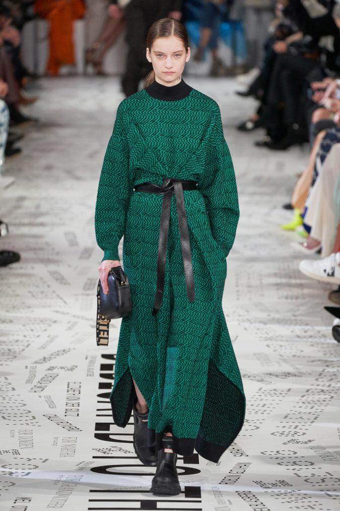 fall-winter-fashion-2020-knitted-dress-Stella-McCartney-2-675x1013 +80 Fall/Winter Fashion Trends for a Stunning 2020 Wardrobe