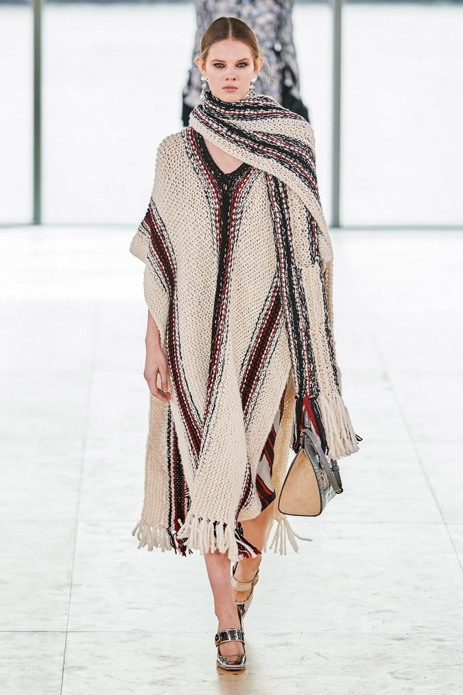 fall-winter-fashion-2020-knitted-dress-and-scarf-Tory-Burch-675x1013 90 Fall/Winter Fashion Ideas for a Perfect Combination of Vintage and Modern in 2020