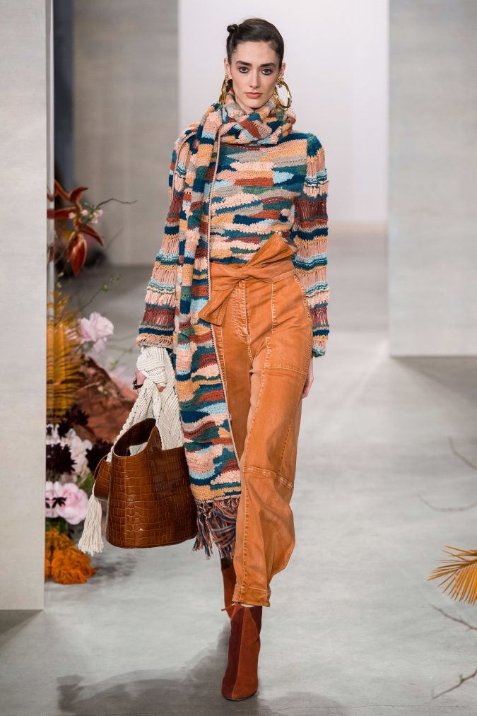 fall-winter-fashion-2020-knitted-scarf-Ulla-Johnson-675x1013 90 Fall/Winter Fashion Ideas for a Perfect Combination of Vintage and Modern in 2020