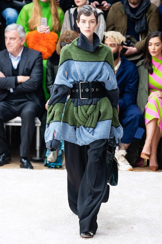fall-winter-fashion-2020-knitted-turtleneck-J.W.-Anderson-675x1013 40+ Hottest Teenage Girls Fall/Winter Fashion Ideas in 2020