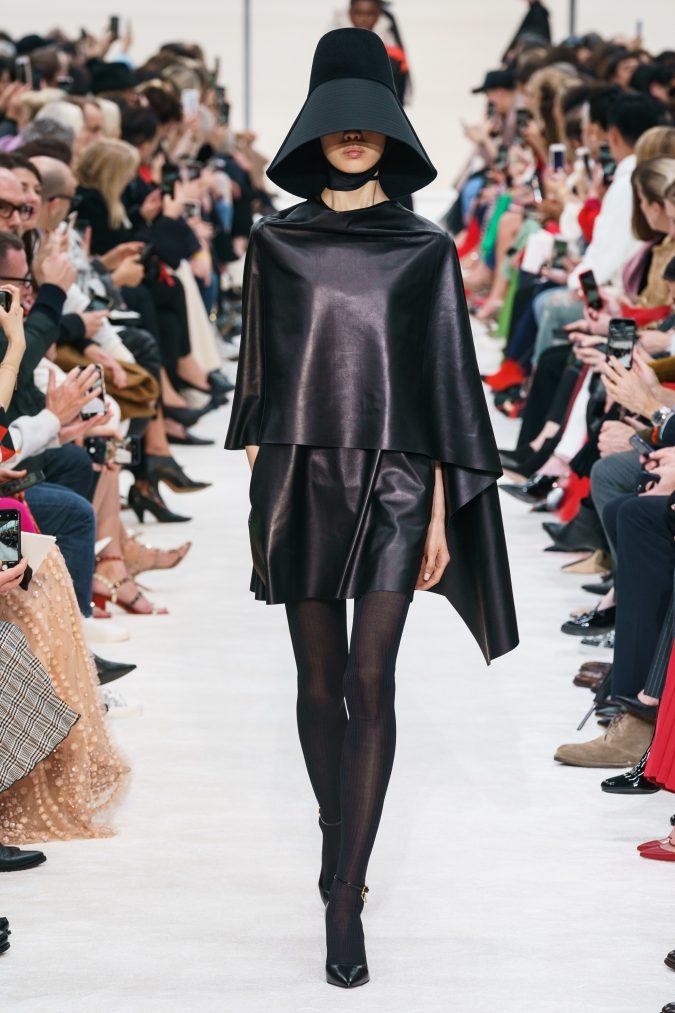 fall-winter-fashion-2020-leather-dress-Valentino-675x1013 +80 Fall/Winter Fashion Trends for a Stunning 2021 Wardrobe