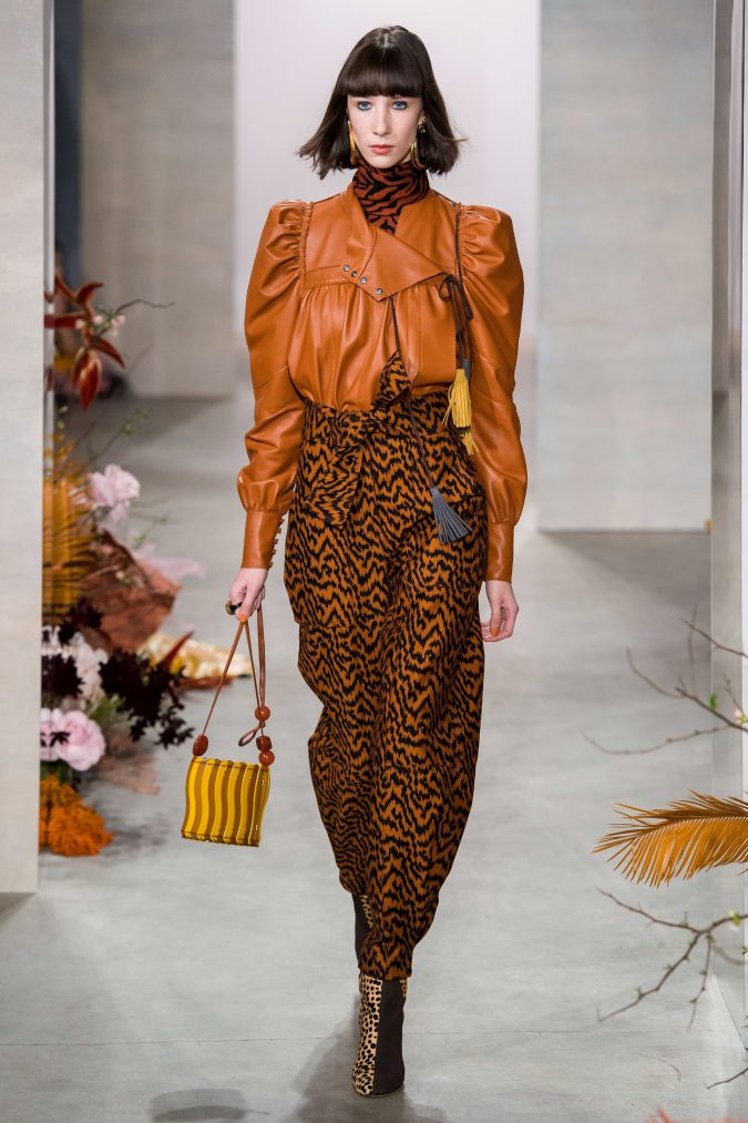 fall-winter-fashion-2020-leather-leg-of-mutton-sleeves-Ulla-Johnson-675x1013 90 Fall/Winter Fashion Ideas for a Perfect Combination of Vintage and Modern in 2020