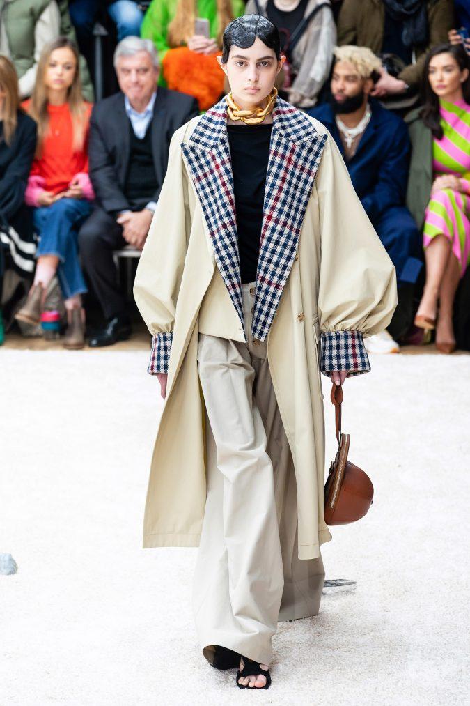 fall-winter-fashion-2020-long-coat-J.W.-Anderson-675x1013 +80 Fall/Winter Fashion Trends for a Stunning 2021 Wardrobe