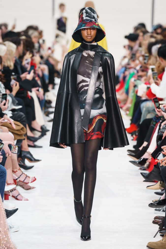 fall-winter-fashion-2020-mini-dress-leather-cape-Valentino-675x1013 +80 Fall/Winter Fashion Trends for a Stunning 2020 Wardrobe