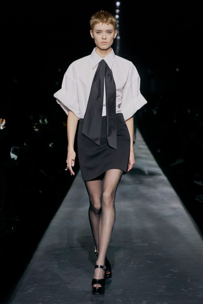 fall-winter-fashion-2020-mini-skirt-white-shirt-work-outfit-Givenchy-675x1013 45+ Elegant Work Outfit Ideas for Fall and Winter 2020