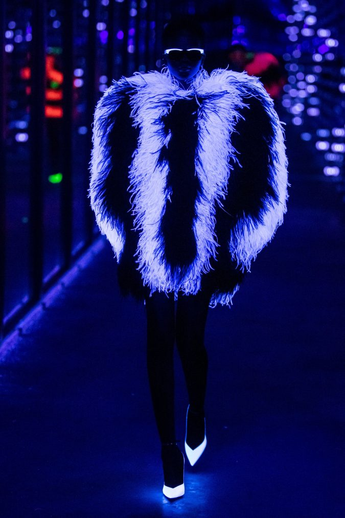 fall-winter-fashion-2020-neons-saint-laurent-675x1013 60+ Retro Fashion Designs of Fall/Winter 2020 Inspired by the 80s and 90s