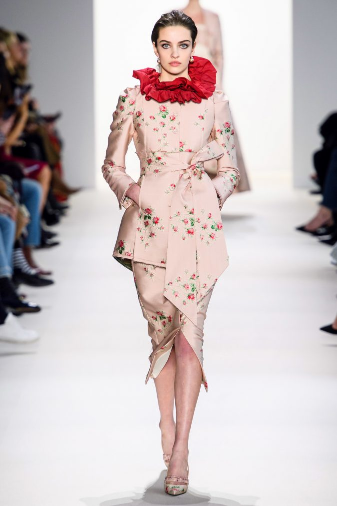 fall-winter-fashion-2020-ruffled-collar-Brock-675x1013 90 Fall/Winter Fashion Ideas for a Perfect Combination of Vintage and Modern in 2020