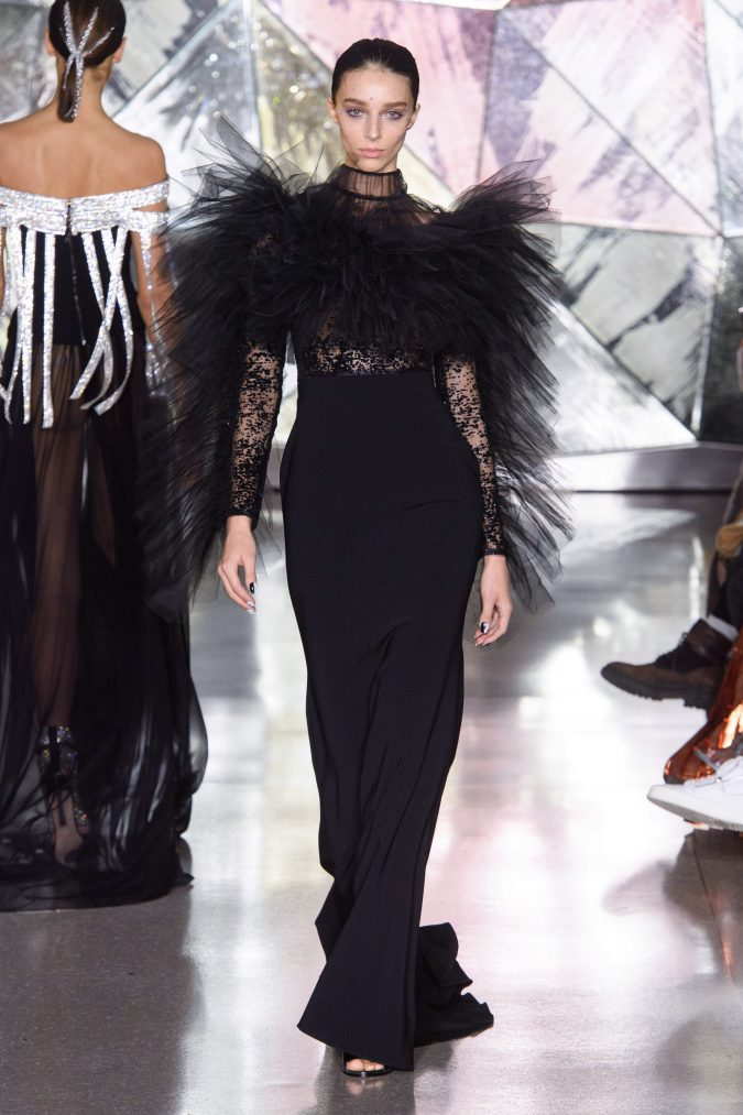 fall-winter-fashion-2020-ruffled-dress-Christian-Siriano-675x1013 +20 Fall Fashion Trends of 2020 for the Fans of Unusual Shoulders and Sleeves