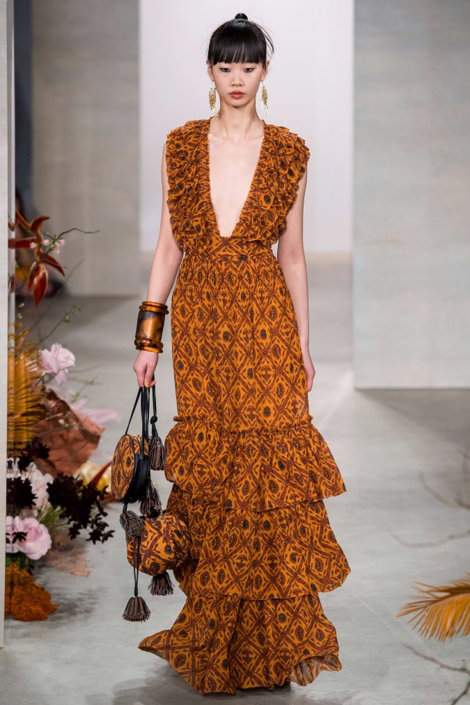 fall-winter-fashion-2020-ruffled-dress-Ulla-Johnson-675x1013 90 Fall/Winter Fashion Ideas for a Perfect Combination of Vintage and Modern in 2020