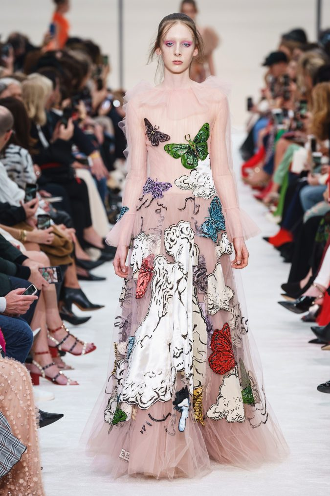 fall-winter-fashion-2020-see-throufg-dress-ruffle-neck-Valentino-675x1013 90 Fall/Winter Fashion Ideas for a Perfect Combination of Vintage and Modern in 2020
