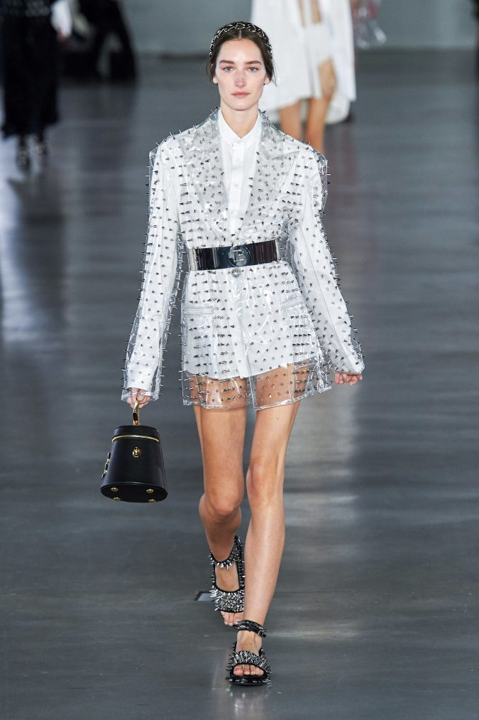 fall-winter-fashion-2020-see-through-coat-Balmain-675x1013 +80 Fall/Winter Fashion Trends for a Stunning 2021 Wardrobe