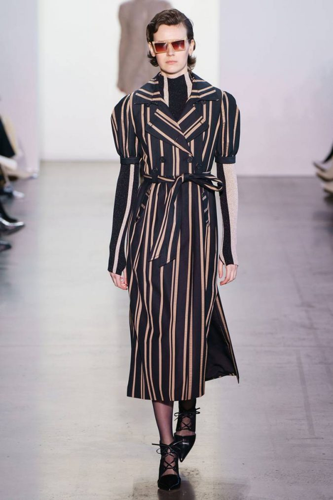 fall-winter-fashion-2020-striped-coat-ALESSANDRO-LUCIONI-675x1013 +20 Fall Fashion Trends of 2020 for the Fans of Unusual Shoulders and Sleeves
