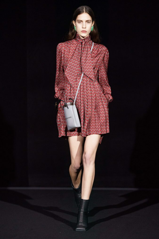fall-winter-fashion-2020-wine-red-dress-Balenciaga-675x1013 90 Fall/Winter Fashion Ideas for a Perfect Combination of Vintage and Modern in 2020