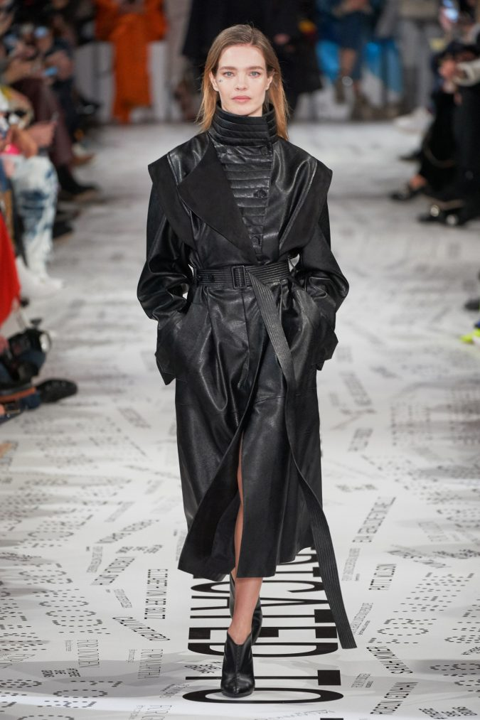fall-winter-fashion-leather-coat-Stella-McCartney-675x1013 +80 Fall/Winter Fashion Trends for a Stunning 2020 Wardrobe